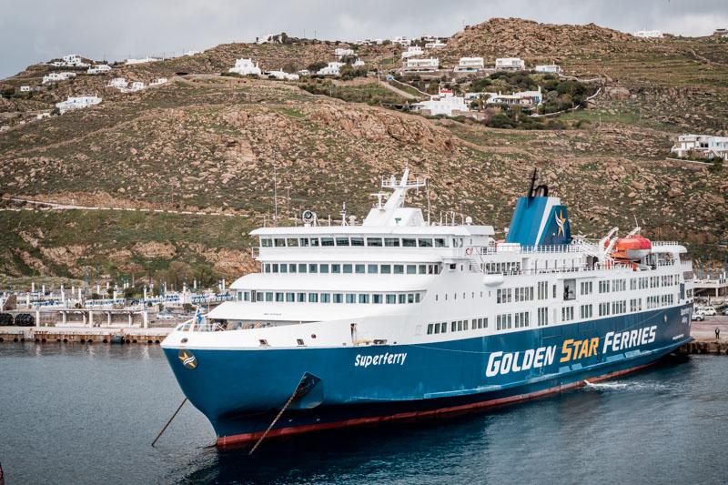 Kykladen Inselüpfen Mykonos Santorini Fähre Islandhopping