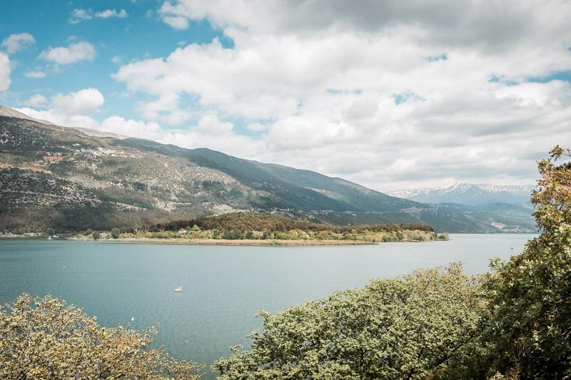 Ioannina See Insel Ausflug Nissi Urlaub