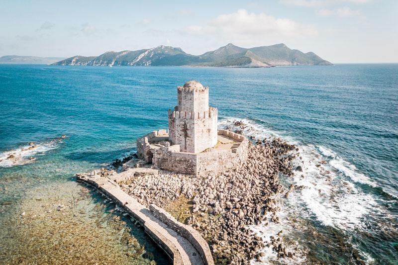methoni castle peloponnes