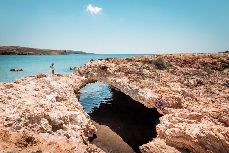robbenhöhle spilia tis fokias limnos cave