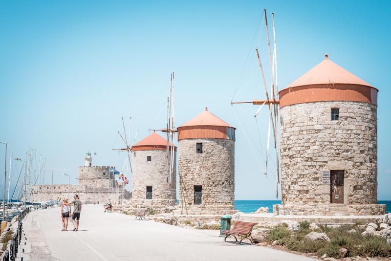 Rhodos Mandraki Hafen Windmühlen