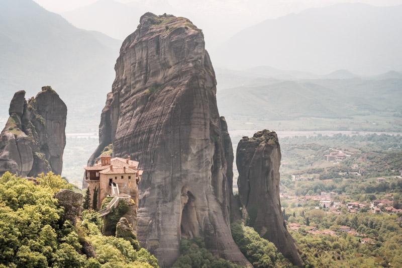 meteora agia barbaras rousanou monastery nunnery