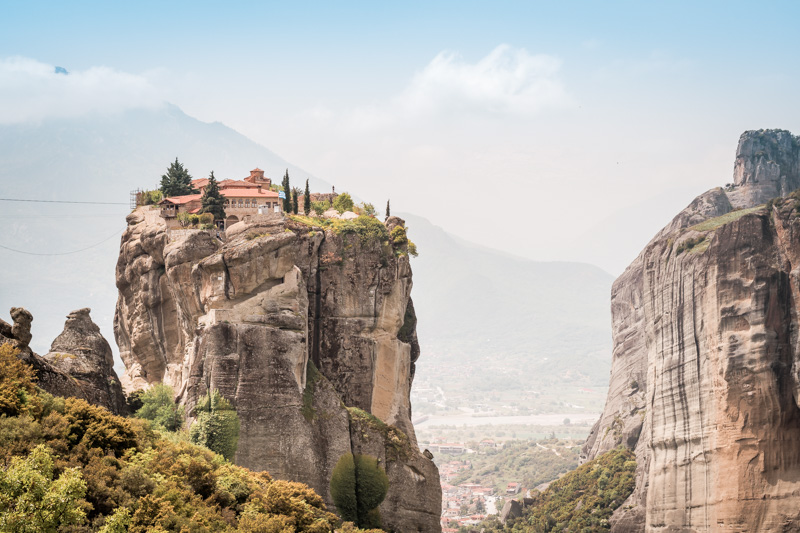 meteora agia triada james bond
