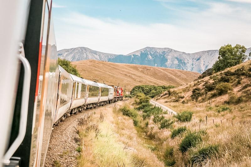 Zugnetz Griechenland Eisenbahn Zug nach Meteora