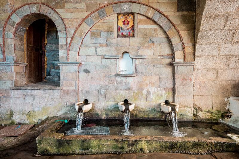 Karpathos Wasser Quelle Kirche Panagia Vrysianis