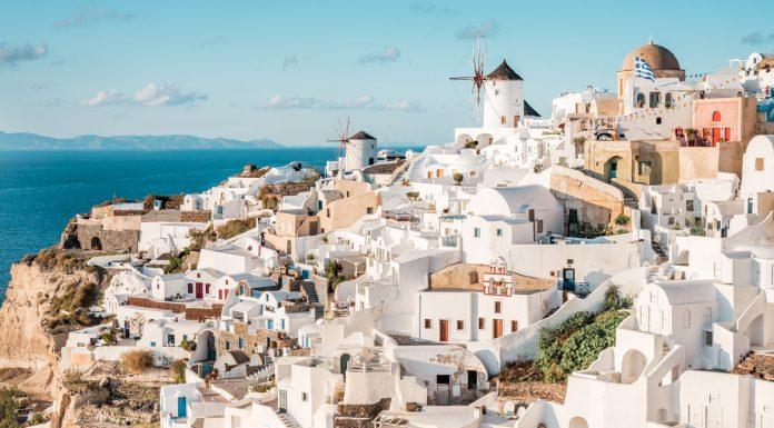 Santorini Griechenland Urlaub Reisetipps Sehenswürdigkeiten Kykladen