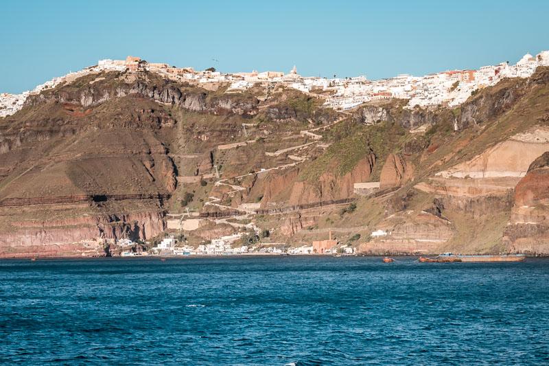 santorini anreise hafen fira athinios port