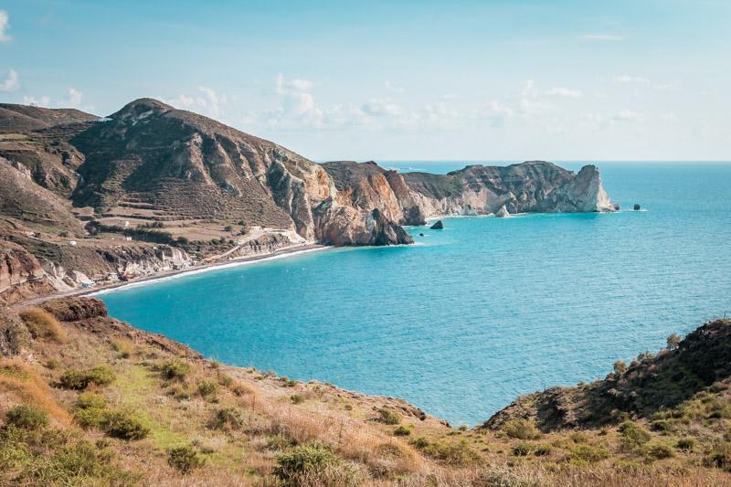 strände santorini mesa pigadia white beach akrotiri
