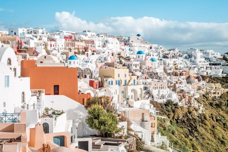 Griechische Inseln Pauschalreise Santorini Weisse Häuser