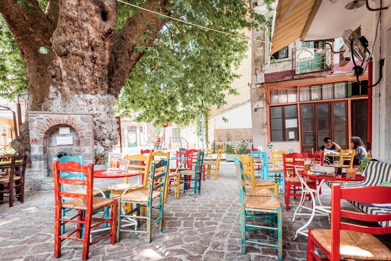 Lesbos Urlaub Erfahrung Plomari Cafe