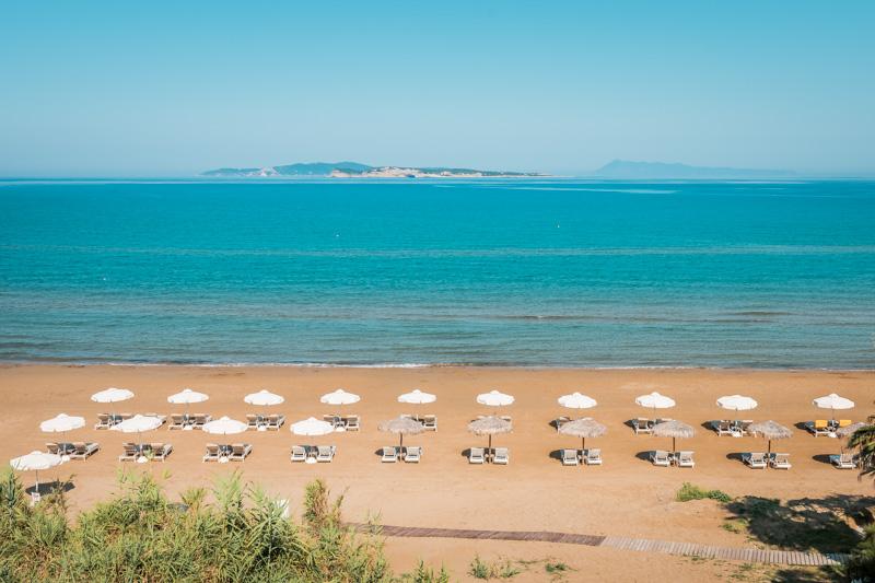 Urlaub Corona Griechenland Korfu Strandliegen Agios Stefanos