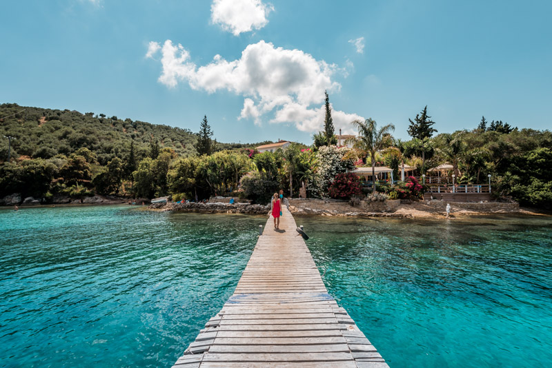 korfu badebuchten notos beach panorama taverne