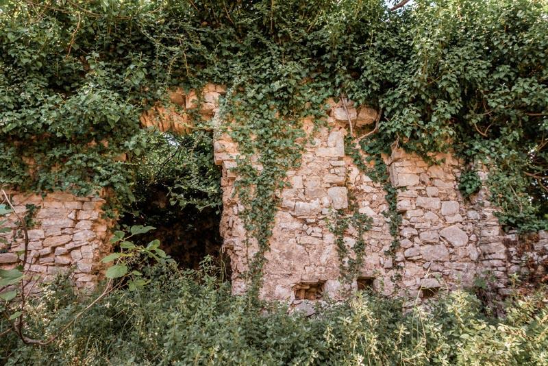 korfu geisterdorf paleo perithia