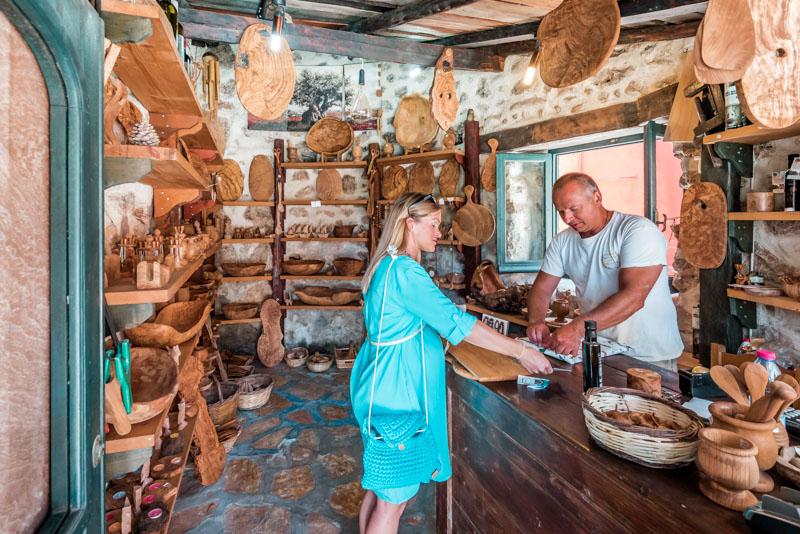 korfu olivenholz werkstatt sokraki
