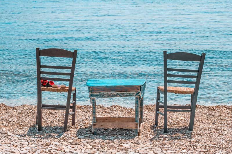 fourni straende kamari beach