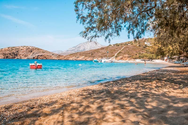 fourni straende kampi beach