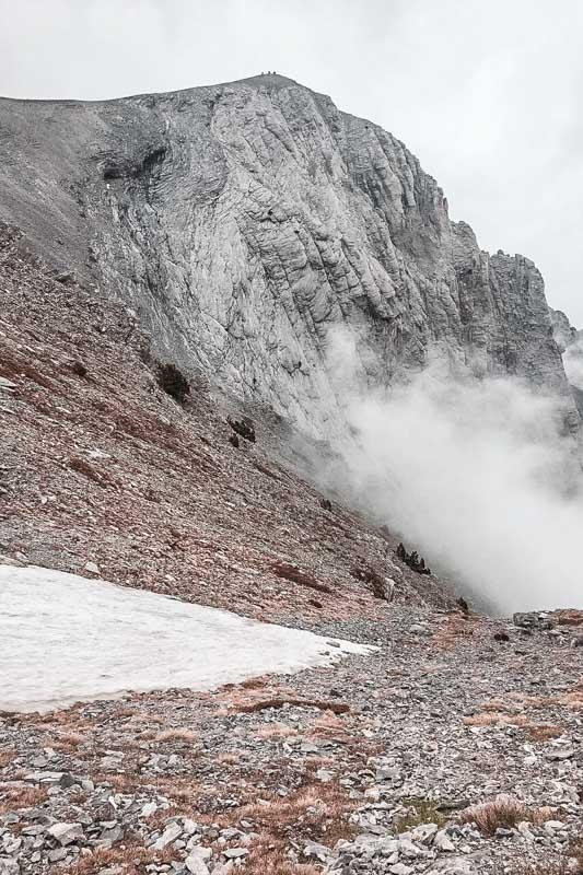 Olymp Gipfel Griechenland Schneefeld Wolken